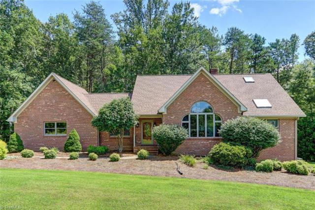 421 Crossing Creek Drive, Belews Creek, NC 27009 (MLS #899433) :: Kristi Idol with RE/MAX Preferred Properties