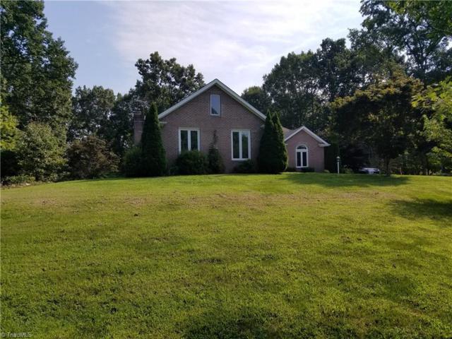 340 Knollcrest Drive, Pinnacle, NC 27043 (MLS #900558) :: Banner Real Estate
