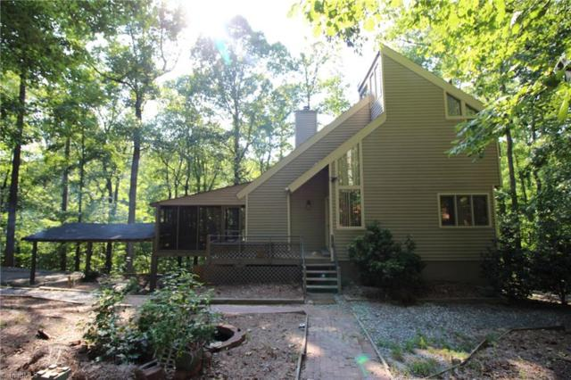 235 Lakeview Drive, Kernersville, NC 27284 (MLS #901621) :: Kristi Idol with RE/MAX Preferred Properties