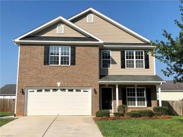 5 White Oak Court, Greensboro, NC 27405 (MLS #901642) :: Lewis & Clark, Realtors®