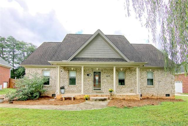 6035 Shaw Hills Court, Winston Salem, NC 27107 (MLS #902988) :: Kristi Idol with RE/MAX Preferred Properties