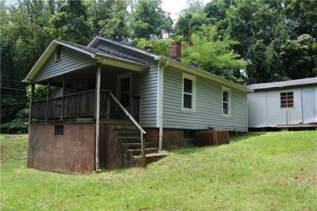 4130 Mineral Avenue, Winston Salem, NC 27105 (MLS #903310) :: Kristi Idol with RE/MAX Preferred Properties