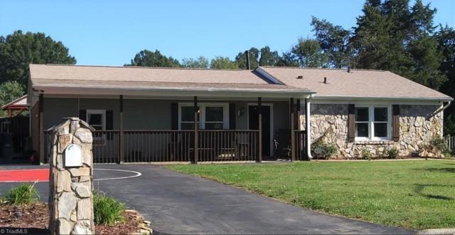 3512 Stonehurst Place, High Point, NC 27265 (MLS #905880) :: Lewis & Clark, Realtors®