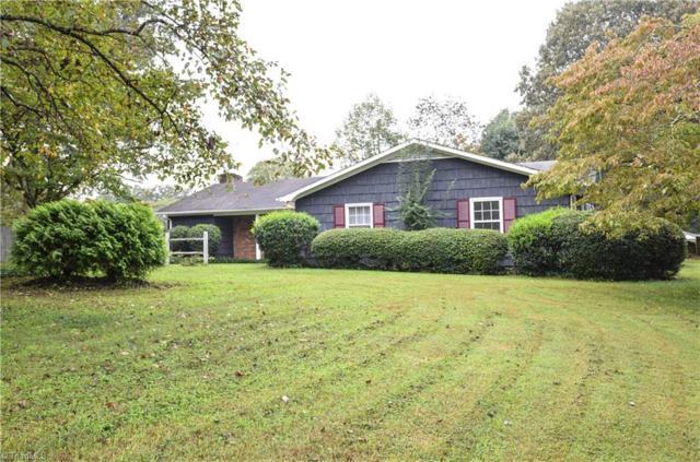 2010 Green Turf Court, Pfafftown, NC 27040 (MLS #905901) :: Kristi Idol with RE/MAX Preferred Properties