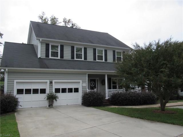 3719 Cardinal Downs Drive, Greensboro, NC 27410 (MLS #906448) :: Kristi Idol with RE/MAX Preferred Properties