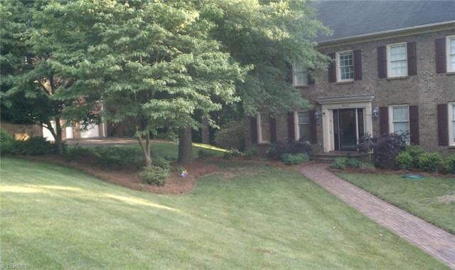 3504 Donegal Drive, Clemmons, NC 27012 (MLS #908435) :: Kristi Idol with RE/MAX Preferred Properties