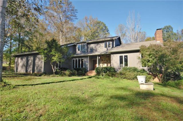 6520 Hollow River Drive, Oak Ridge, NC 27310 (MLS #908594) :: Kristi Idol with RE/MAX Preferred Properties