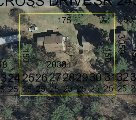 154 Piney Cross Drive, Lexington, NC 27292 (MLS #909973) :: Kristi Idol with RE/MAX Preferred Properties