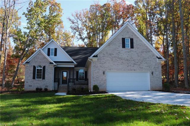 447 Harborgate Drive, Denton, NC 27239 (MLS #910298) :: Kristi Idol with RE/MAX Preferred Properties