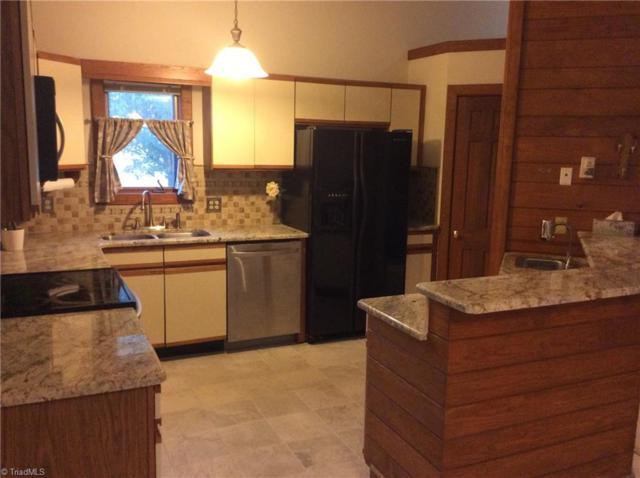 4203 Sunburst Drive, High Point, NC 27265 (MLS #910982) :: Kristi Idol with RE/MAX Preferred Properties