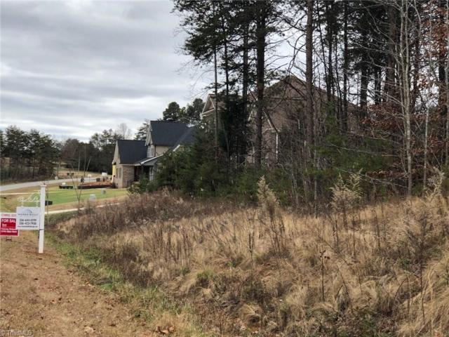 7507 Bentridge Forest Drive, Kernersville, NC 27284 (MLS #911705) :: Kim Diop Realty Group