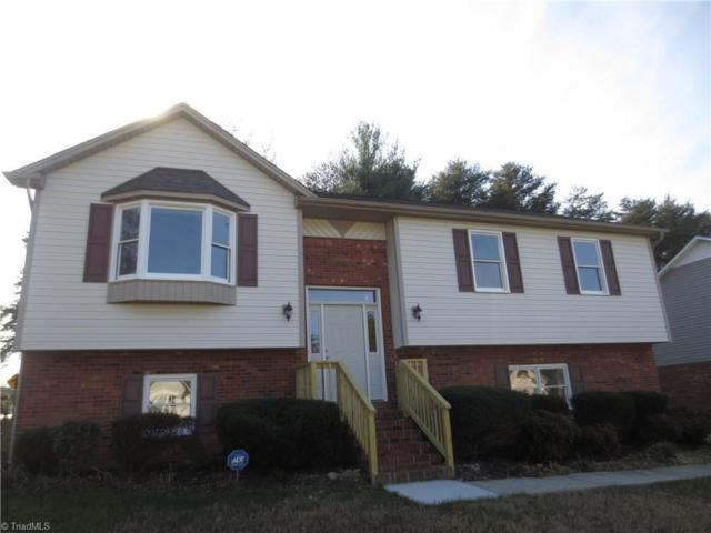 4985 Carver Glen Lane, Winston Salem, NC 27105 (MLS #912020) :: The Temple Team