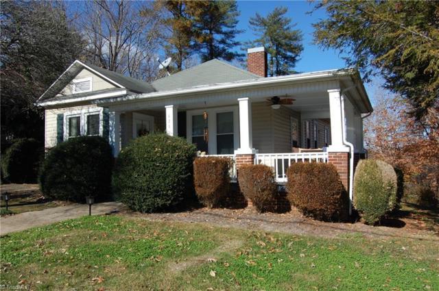 428 Elk Spur Street, Elkin, NC 28621 (MLS #912253) :: Kristi Idol with RE/MAX Preferred Properties