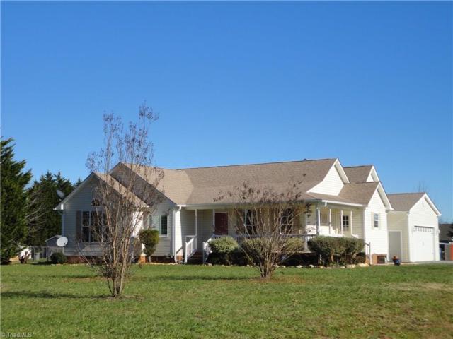 2119 Willow Springs Drive, Pleasant Garden, NC 27313 (MLS #912587) :: Kristi Idol with RE/MAX Preferred Properties