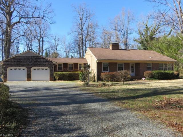 6304 Hunt Road, Pleasant Garden, NC 27313 (MLS #914792) :: Lewis & Clark, Realtors®
