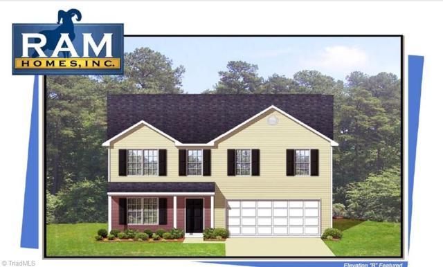 4619 Chapel Ridge Drive, Greensboro, NC 27405 (MLS #914912) :: Kristi Idol with RE/MAX Preferred Properties