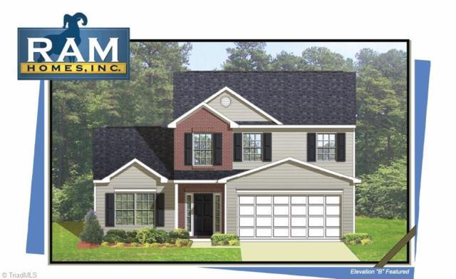 4617 Chapel Ridge Drive, Greensboro, NC 27405 (MLS #914913) :: Kristi Idol with RE/MAX Preferred Properties