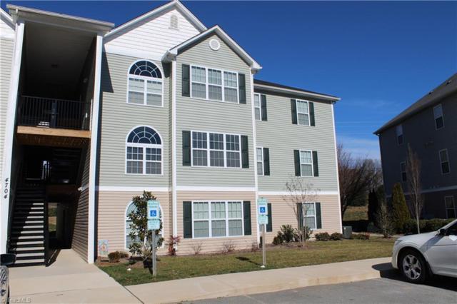 4704 Pennoak Lane, Greensboro, NC 27407 (MLS #915408) :: Kristi Idol with RE/MAX Preferred Properties