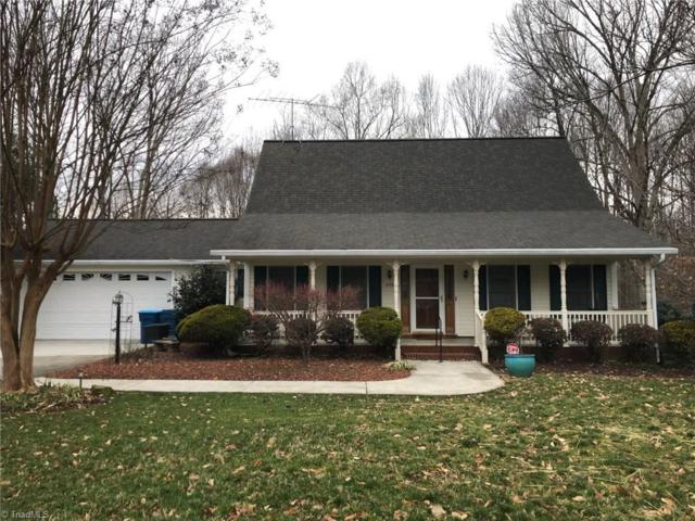 299 Magnolia Avenue, Mocksville, NC 27028 (MLS #915767) :: Kristi Idol with RE/MAX Preferred Properties