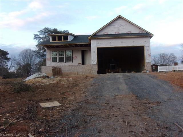216 Seeley Drive, Denton, NC 27239 (MLS #916031) :: Kristi Idol with RE/MAX Preferred Properties