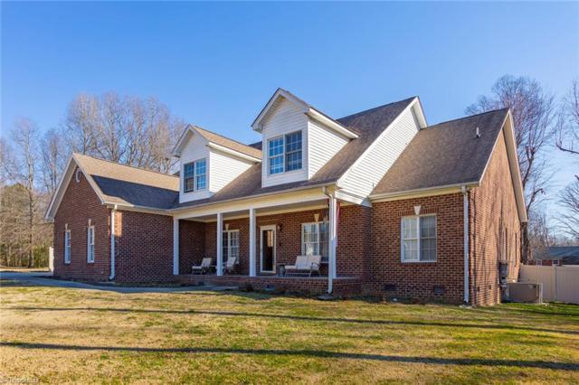 2401 Mowbray Trail, Greensboro, NC 27407 (MLS #916244) :: Kristi Idol with RE/MAX Preferred Properties