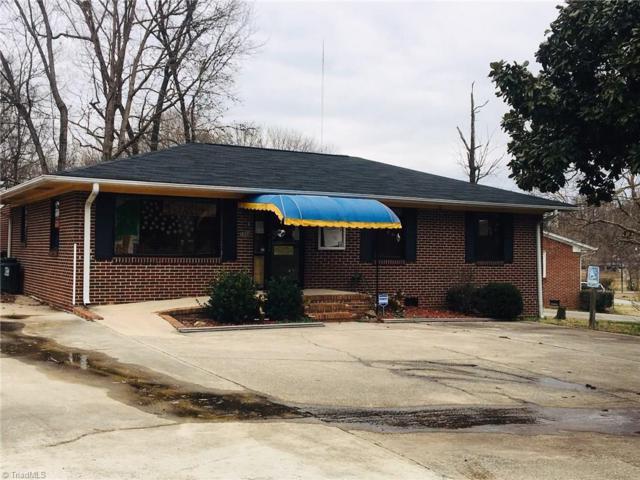 1914 Darlington Place, Greensboro, NC 27405 (MLS #917605) :: HergGroup Carolinas