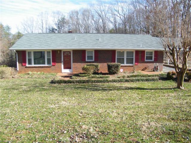 5739 Nylon Drive, Winston Salem, NC 27105 (MLS #917758) :: Kristi Idol with RE/MAX Preferred Properties