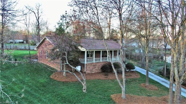 1743 Hanging Valley Court, Kernersville, NC 27284 (MLS #923533) :: Kristi Idol with RE/MAX Preferred Properties