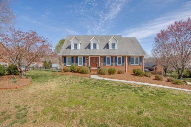 8016 Riverview Drive, Clemmons, NC 27012 (MLS #923692) :: Kristi Idol with RE/MAX Preferred Properties