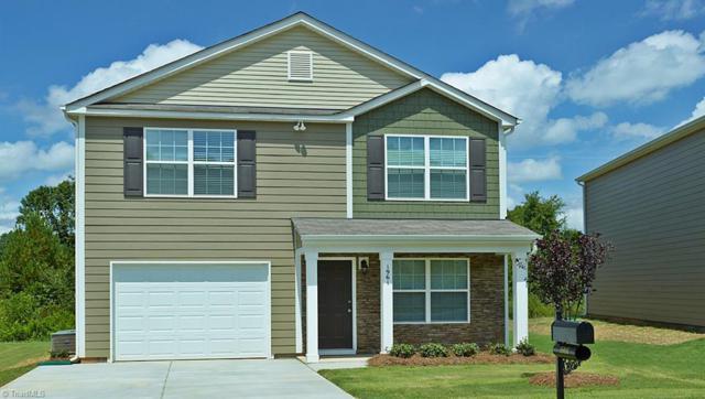 4385 Oak Pointe Drive #27, Winston Salem, NC 27105 (MLS #924897) :: HergGroup Carolinas