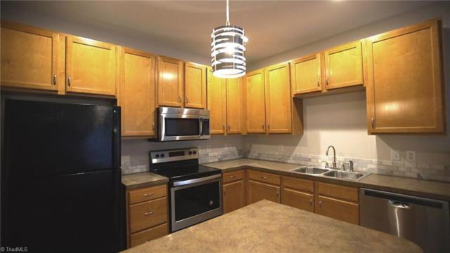 2422 Eagle Creek Court #301, Winston Salem, NC 27103 (MLS #927436) :: Kristi Idol with RE/MAX Preferred Properties