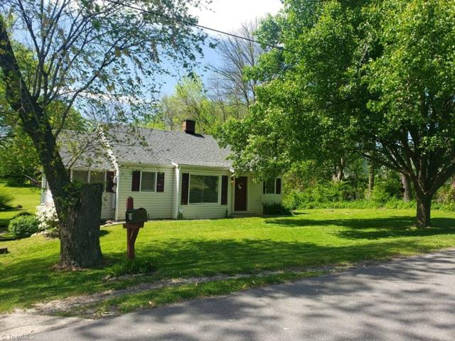 110 New Street, Mount Airy, NC 27030 (MLS #929325) :: Kristi Idol with RE/MAX Preferred Properties