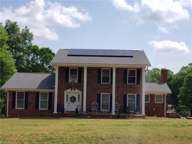 4526 Peeples Road, Oak Ridge, NC 27310 (MLS #931079) :: Lewis & Clark, Realtors®