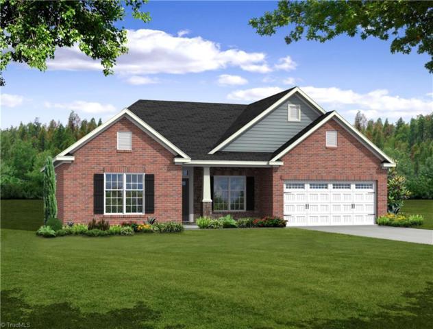 8724 Drummond Estates Drive, Kernersville, NC 27284 (MLS #931714) :: HergGroup Carolinas