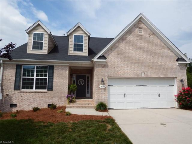 1688 Havenbrook Court, Clemmons, NC 27012 (MLS #931749) :: Kristi Idol with RE/MAX Preferred Properties