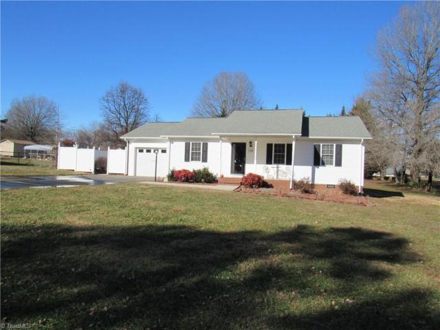 139 Vance Street, Dobson, NC 27017 (MLS #931804) :: Lewis & Clark, Realtors®