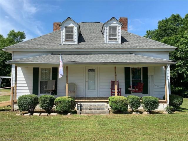 406 Oakdale Road, Jamestown, NC 27282 (MLS #932286) :: HergGroup Carolinas