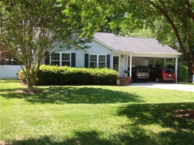 339 Windsor Manor Way, Kernersville, NC 27284 (MLS #932584) :: Kristi Idol with RE/MAX Preferred Properties