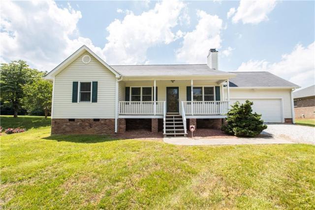 2938 Martin Street, Walkertown, NC 27051 (MLS #932645) :: Kristi Idol with RE/MAX Preferred Properties