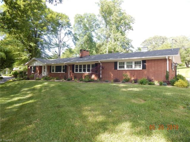 323 Forest Hill Drive, Wilkesboro, NC 28697 (MLS #932702) :: RE/MAX Impact Realty