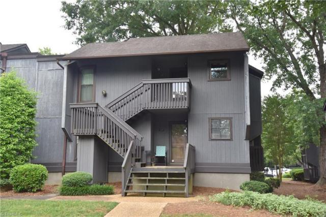 128 Cedar Cove Lane, Winston Salem, NC 27104 (MLS #935019) :: Kristi Idol with RE/MAX Preferred Properties