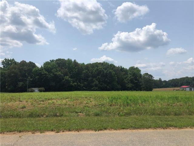 302 Woodlyn Drive, Reidsville, NC 27320 (MLS #935090) :: Berkshire Hathaway HomeServices Carolinas Realty