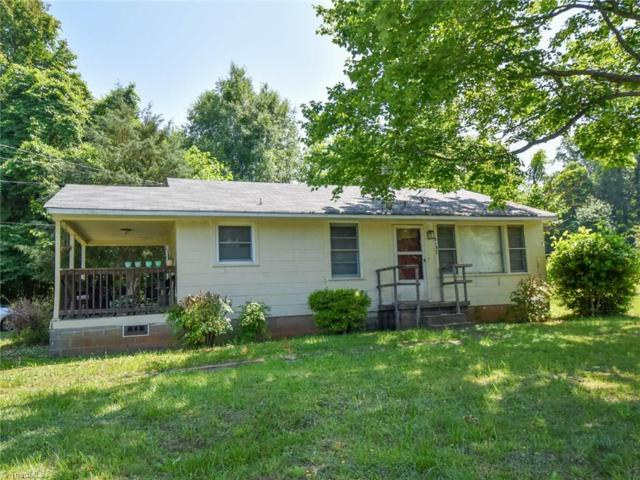 5137 Cherry Street, Winston Salem, NC 27105 (MLS #936718) :: Kristi Idol with RE/MAX Preferred Properties