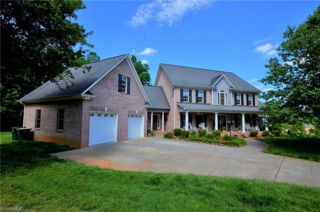 861 Ridge Gate Drive, Lewisville, NC 27023 (MLS #937025) :: Kristi Idol with RE/MAX Preferred Properties