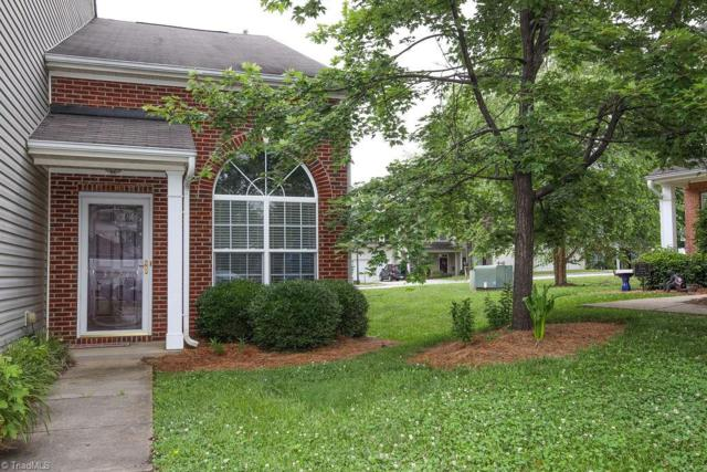 3924 Fountain Village Circle, High Point, NC 27265 (MLS #938326) :: Kristi Idol with RE/MAX Preferred Properties