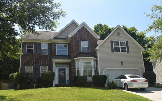 307 Jamestown Oaks Drive, Jamestown, NC 27282 (MLS #938507) :: Berkshire Hathaway HomeServices Carolinas Realty