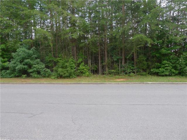30 Ashcroft Drive, Reidsville, NC 27320 (MLS #938515) :: Kristi Idol with RE/MAX Preferred Properties