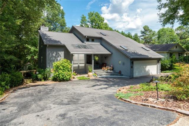 1504 Forest Hill Drive, Greensboro, NC 27410 (MLS #938637) :: Berkshire Hathaway HomeServices Carolinas Realty