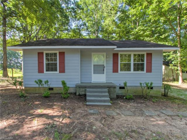208 Matt Place, Greensboro, NC 27405 (MLS #939452) :: HergGroup Carolinas | Keller Williams