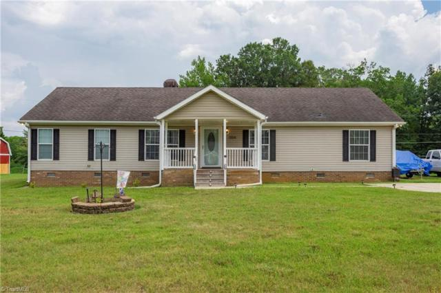 5514 Red Cedar Court, Mcleansville, NC 27301 (MLS #940458) :: Berkshire Hathaway HomeServices Carolinas Realty